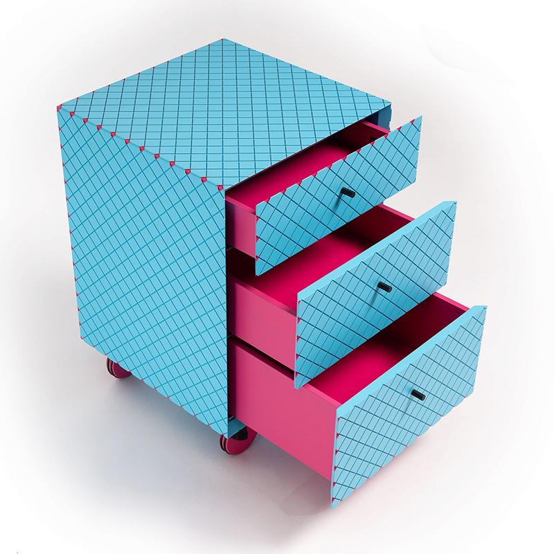 Dieser extravagante Bürocontainer bietet mit seinen drei Schubladen nicht nur ausreichend Stauraum für Büromaterialien, sondern ist mit seinem gefrästen Rautenmuster und der knalligen Farbkombination ein echter Hingucker und macht jeden noch so tristen Büroalltag zu einem farbenfrohen Highlight.