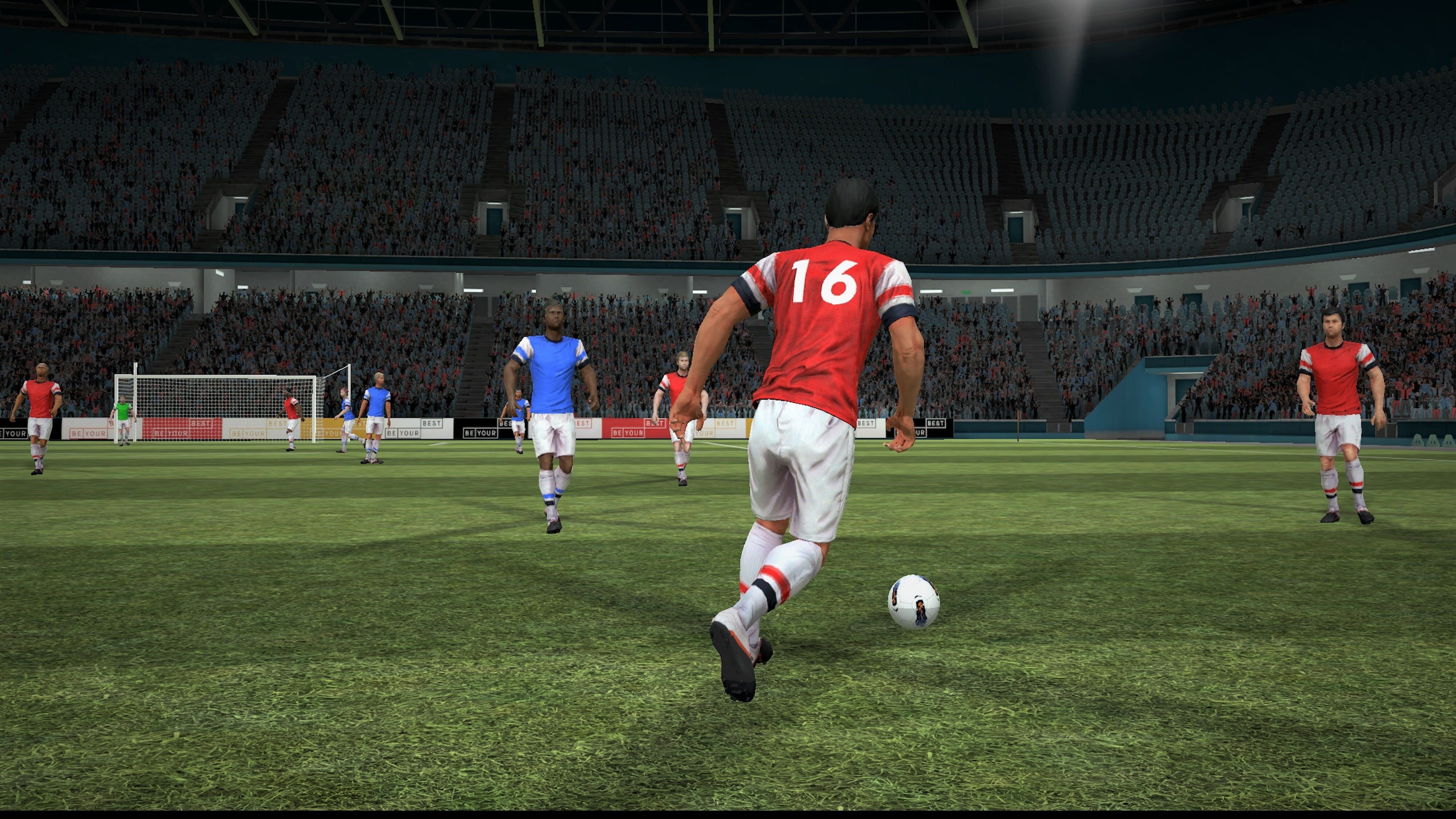 A digital rendering of a football player on the pitch during a match, taken from inside the Be Your Best VR-trainer.