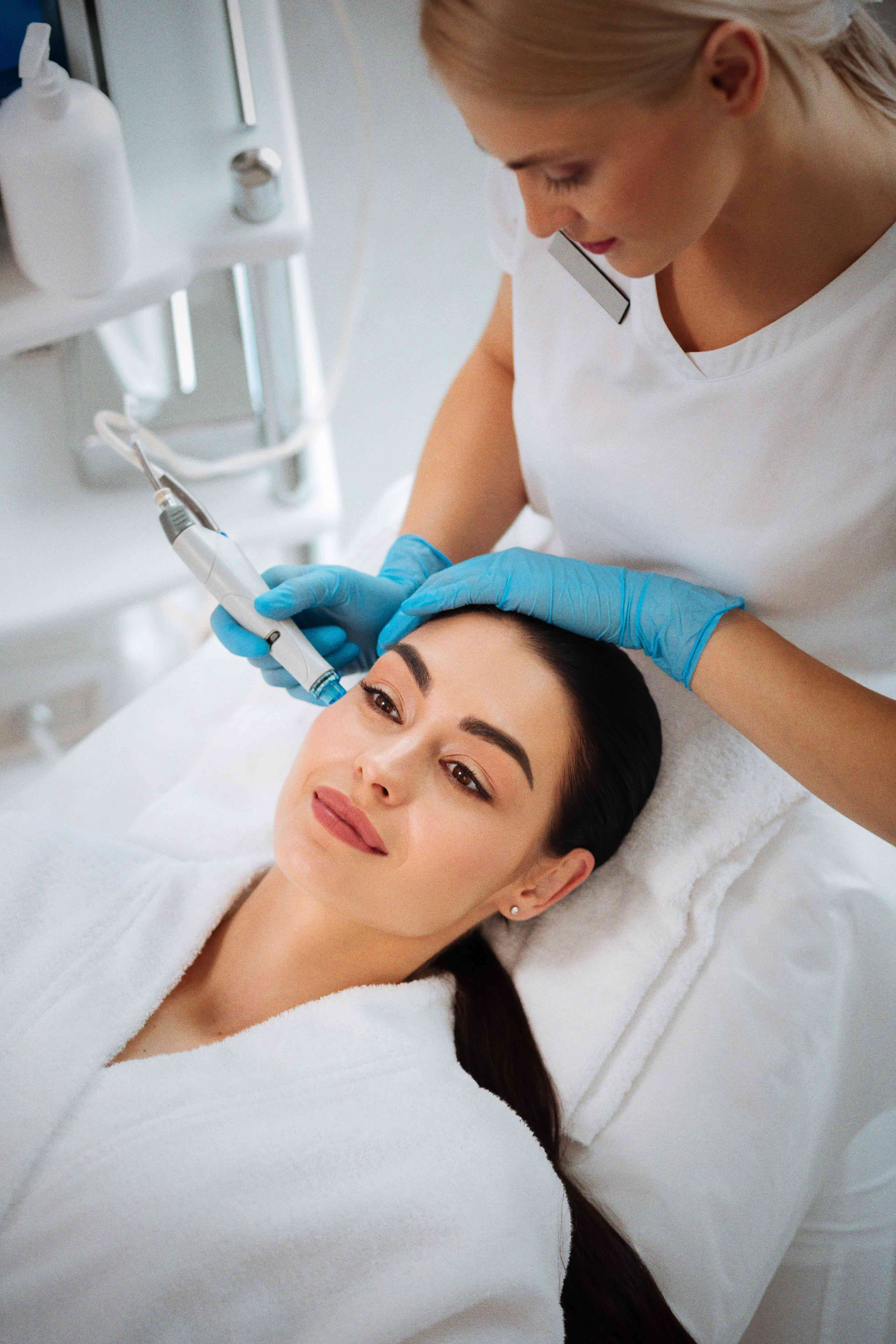 image of a patient getting the microneedling treatment