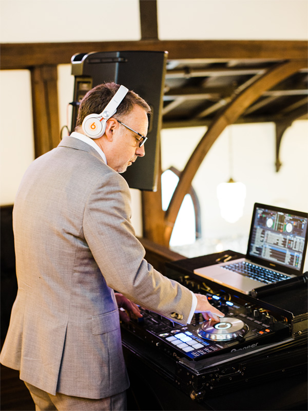 all-saints-chapel-dj-at-an-event