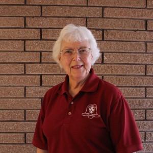 Headshot of a senior female ringer smiling for the camera