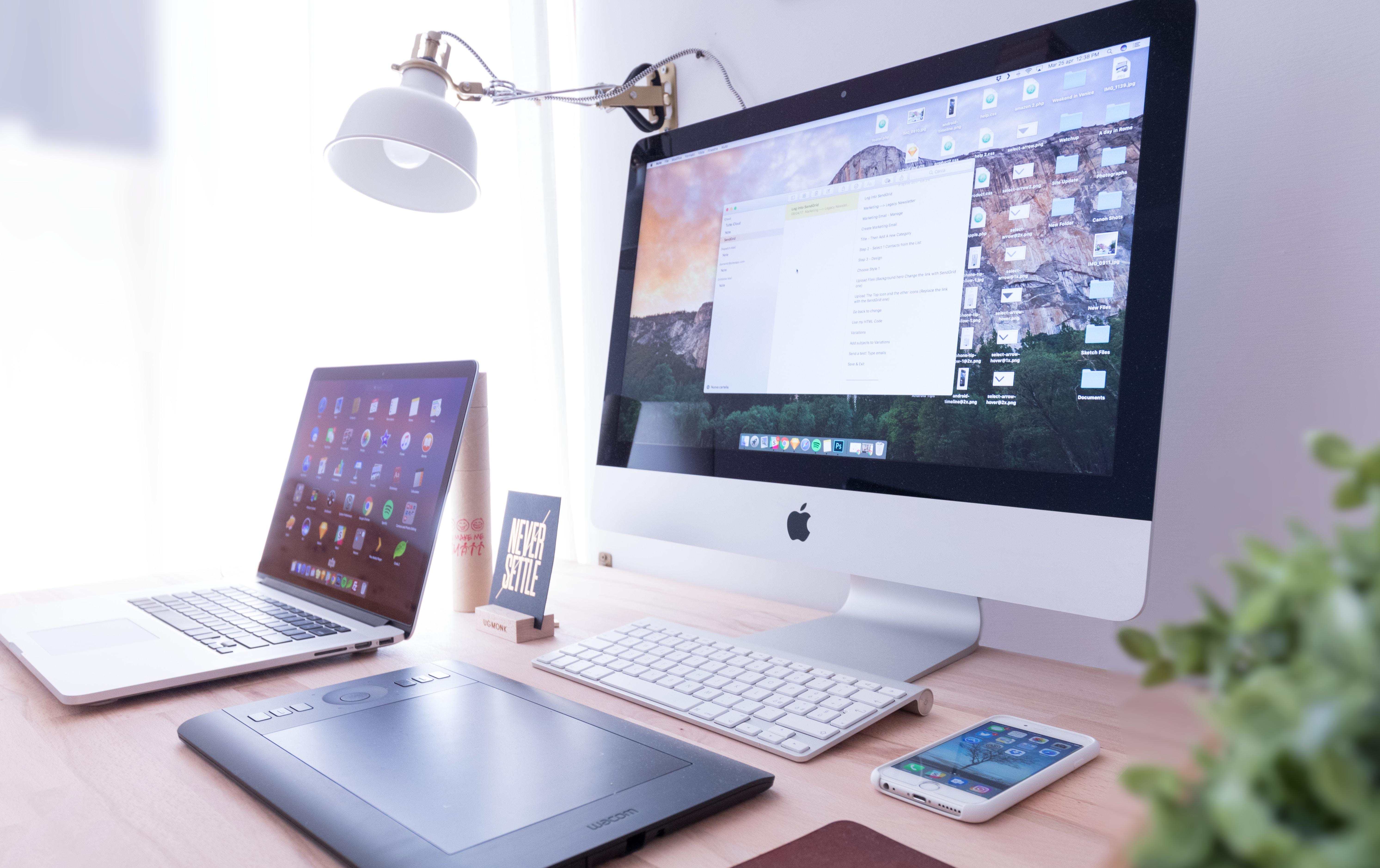 Computer, workspace