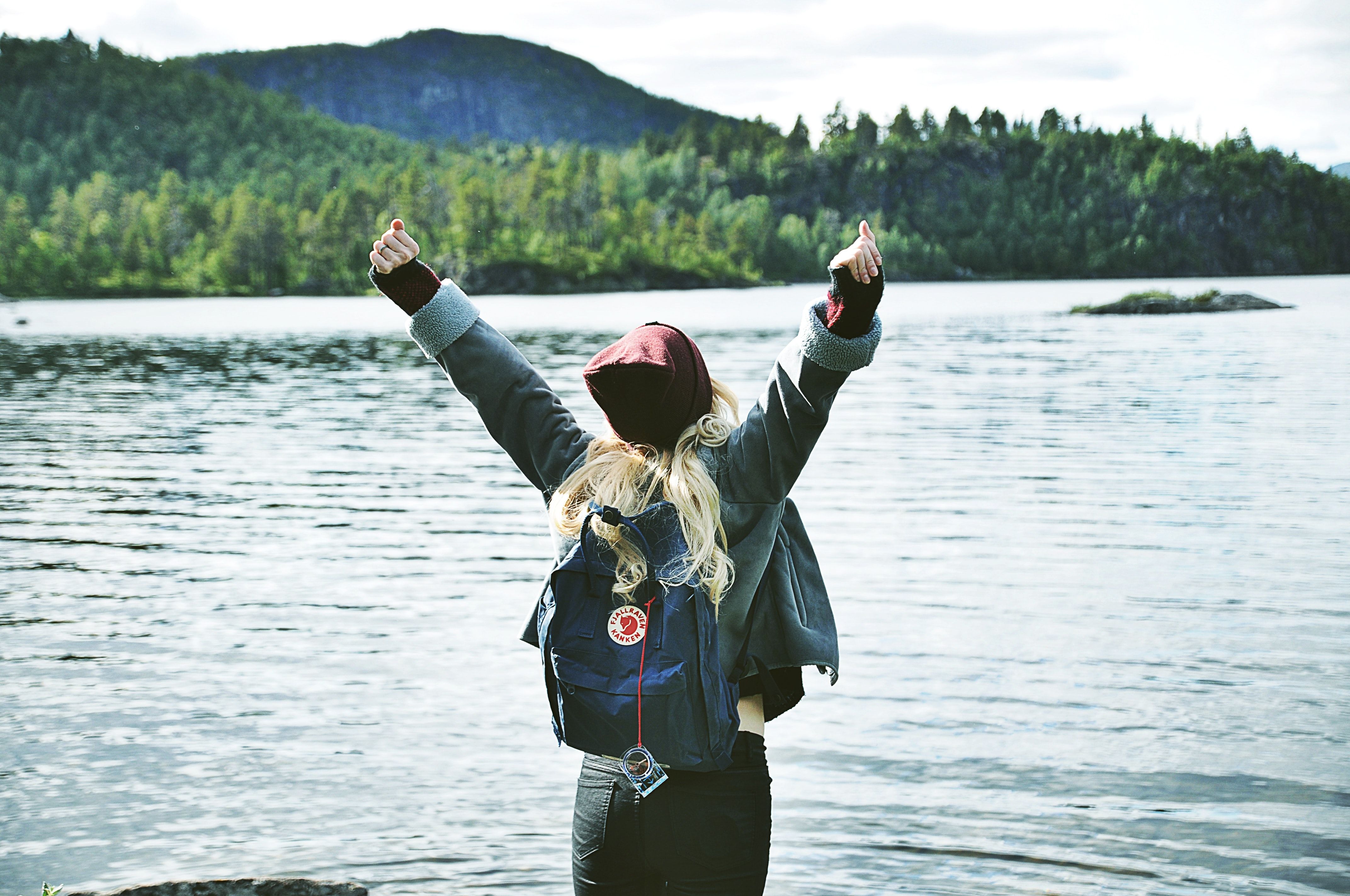 open arms, V victory, nature, young, free, wild