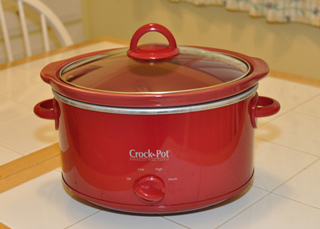 Crockpot for cooking the meat