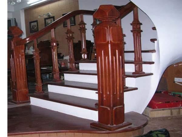 Trụ cầu thang đẹp, điển hình cho các ngôi nhà hiện đại hiện nay