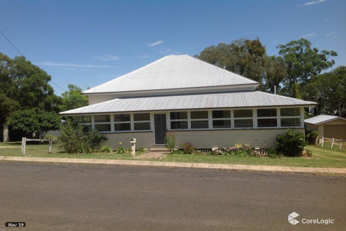8 Pine Street, Killarney QLD 4373