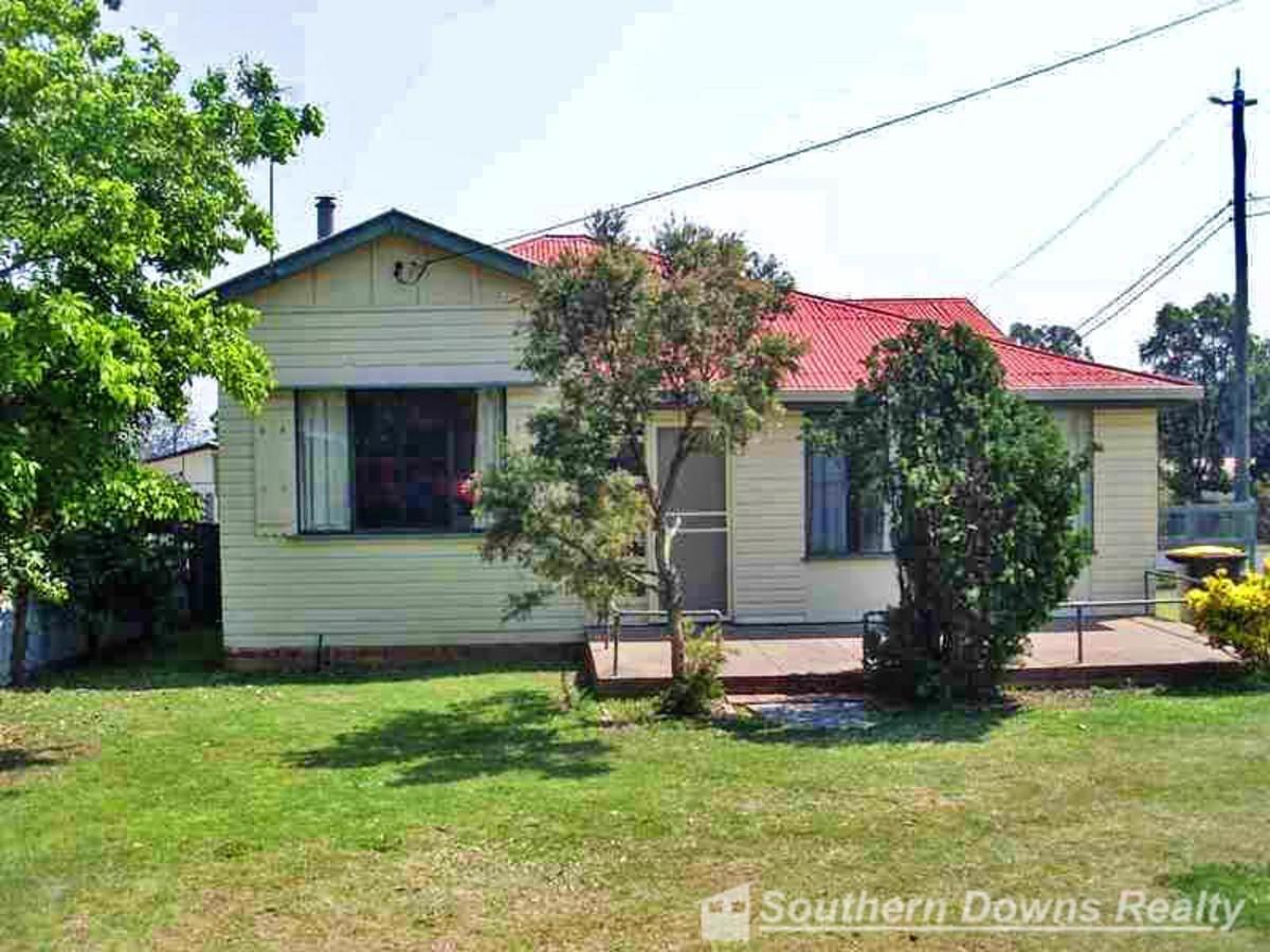 43 Weewondilla Road, WARWICK QLD 4370