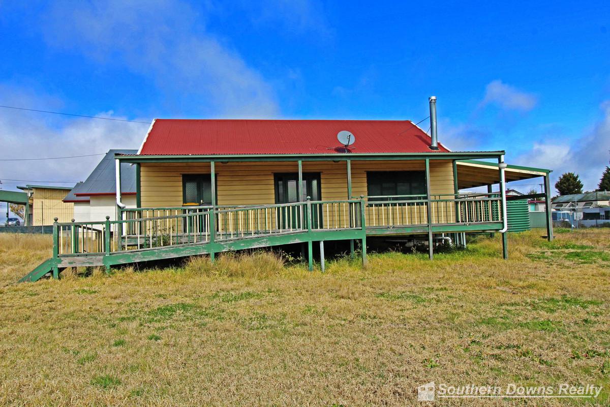 105 Granite Belt Drive, The Summit QLD 4377