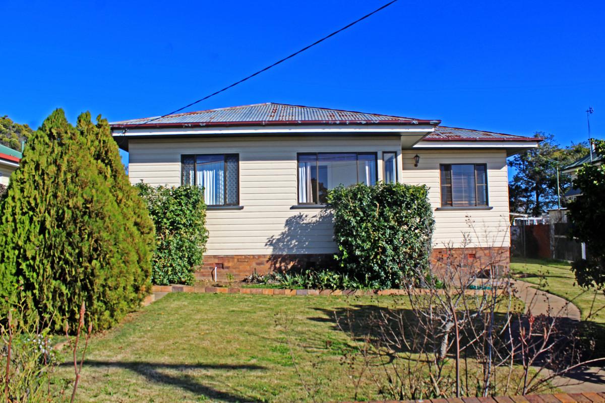 43 Gore Street, Warwick QLD 4370