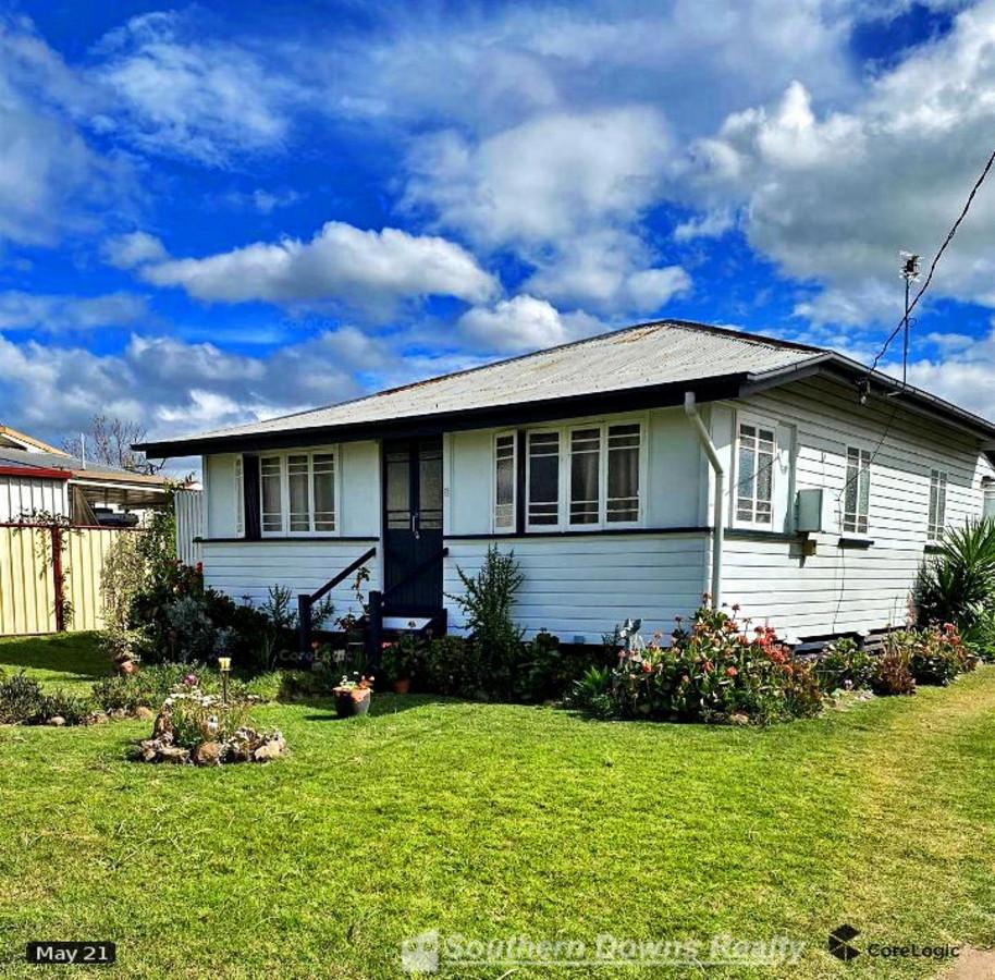 7 Wilga Avenue, WARWICK QLD 4370