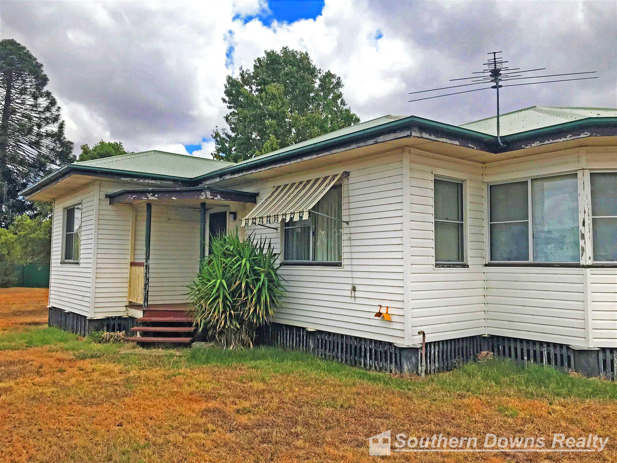 14-16 New England Highway, Allora QLD 4362