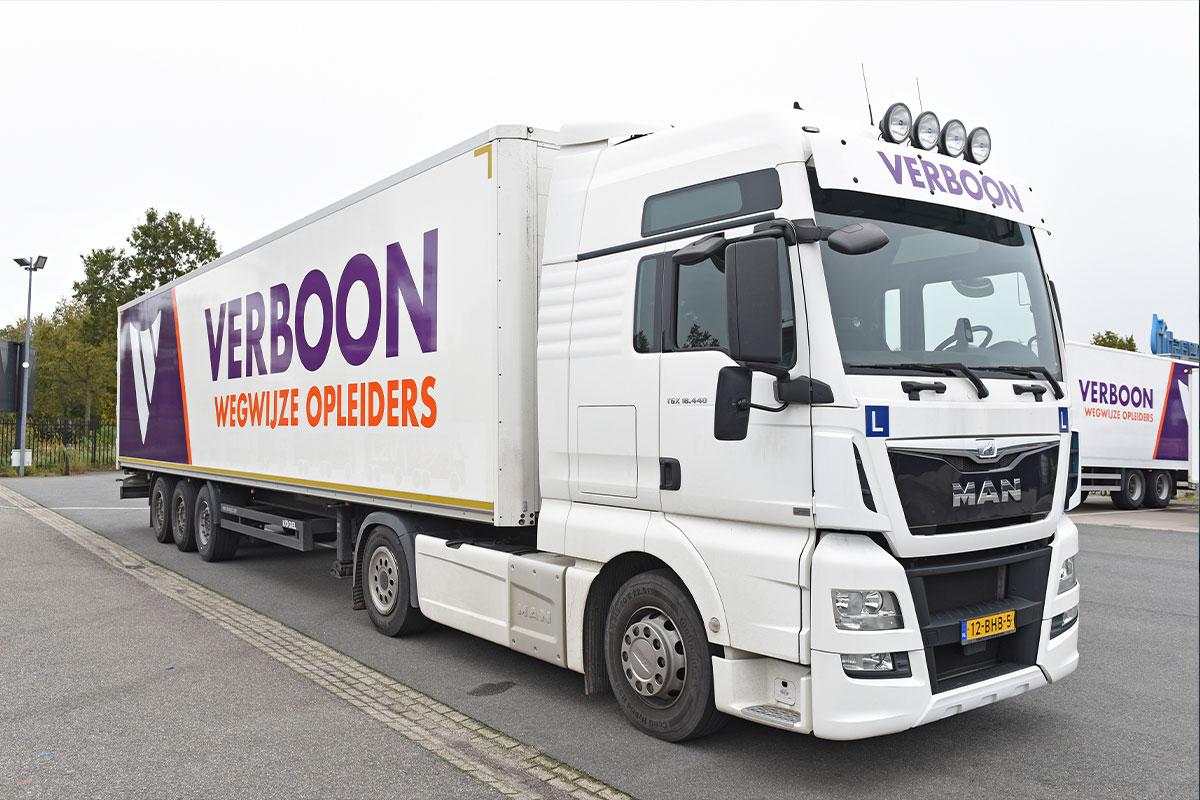 Vrachtwagenchauffeur worden of code 95 opleidingen volgen?