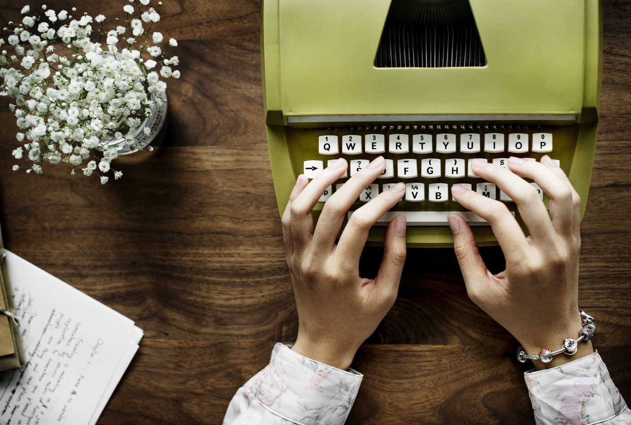 essay-writer-cheap-1
