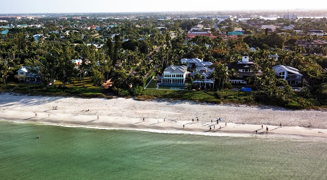 Deutscher Luxusmakler Naples Florida