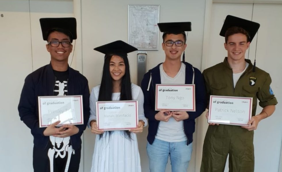 Publift's interns graduate with certificates