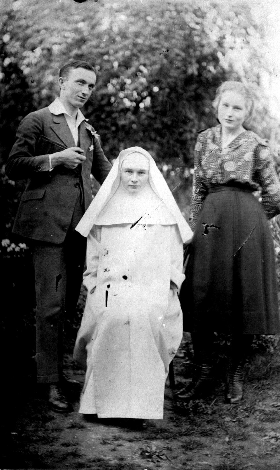 Sister Julia as a novice with her siblings.