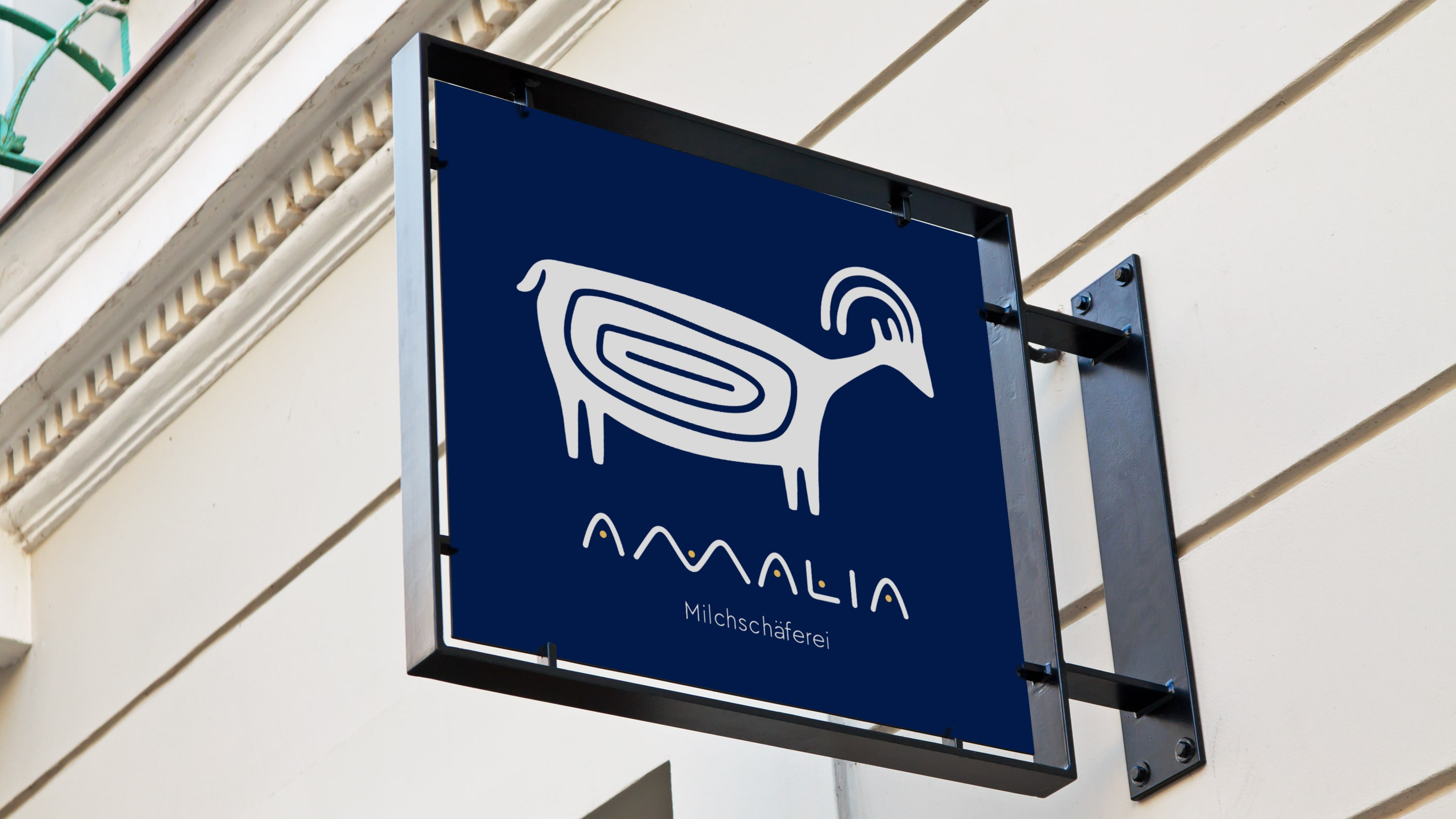 Amalia | Early Branding | Story Sign