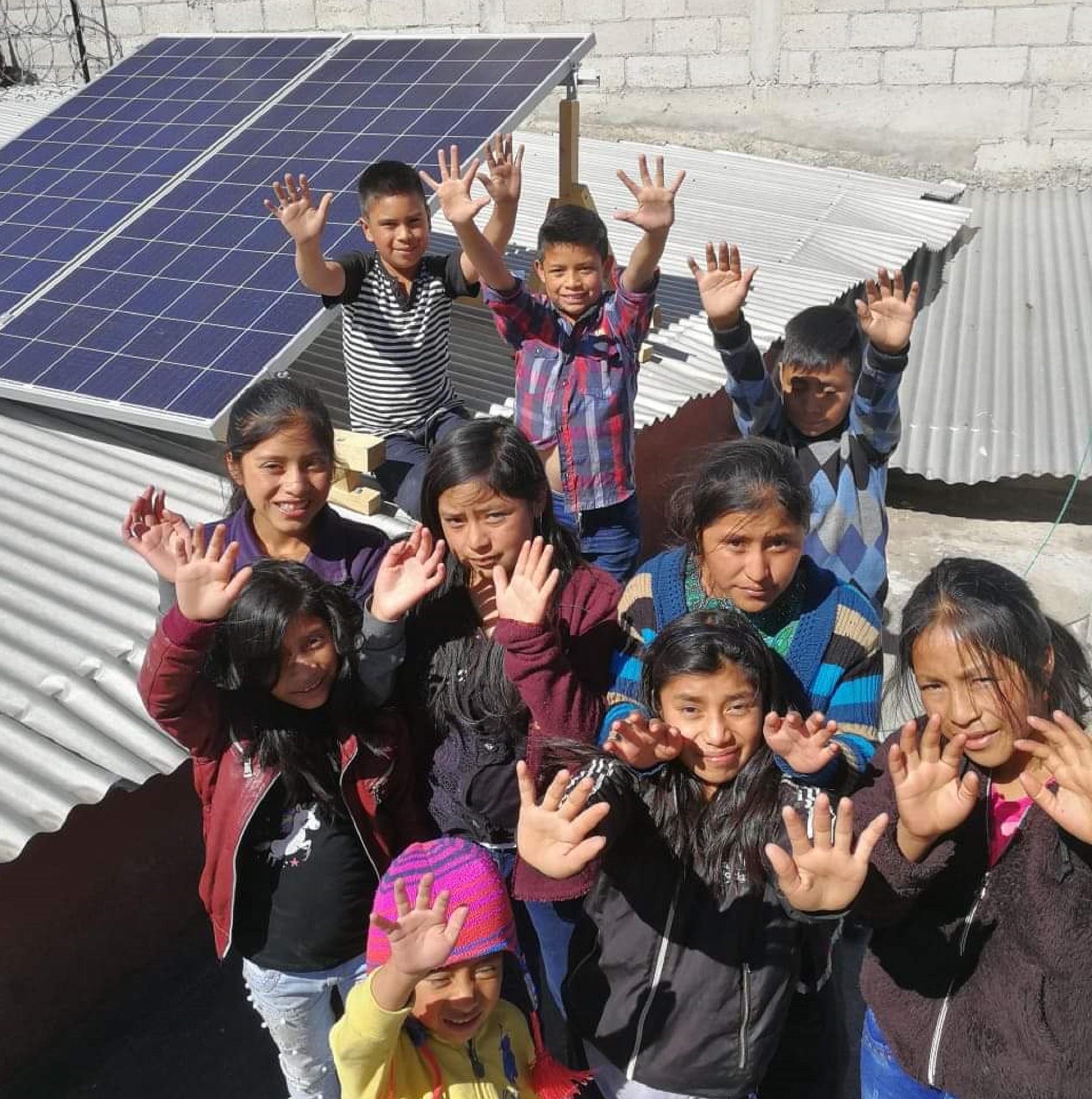 Las tecnologías solares nos ayudan a educar a los niños