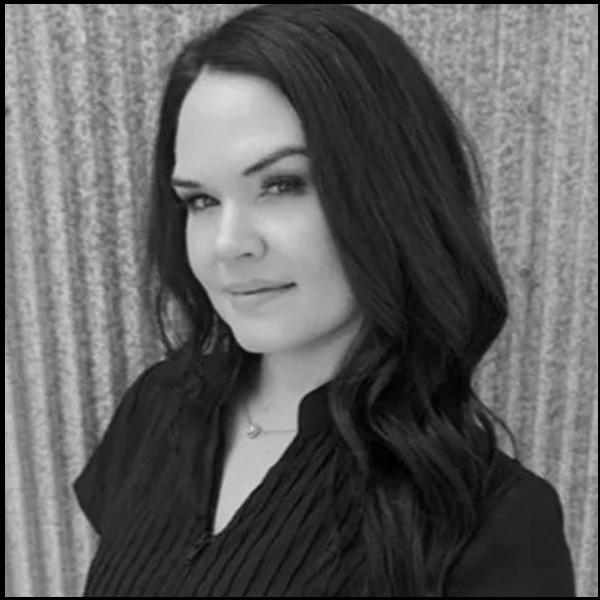 facing fertility blog editor and professional esthetician