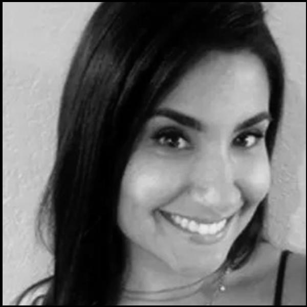 facing fertility blog editor and skincare expert