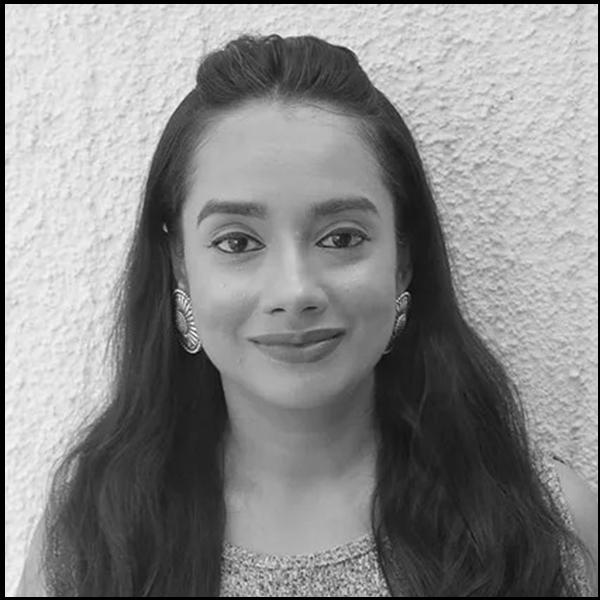 facing fertility blog writer and natural skincare expert