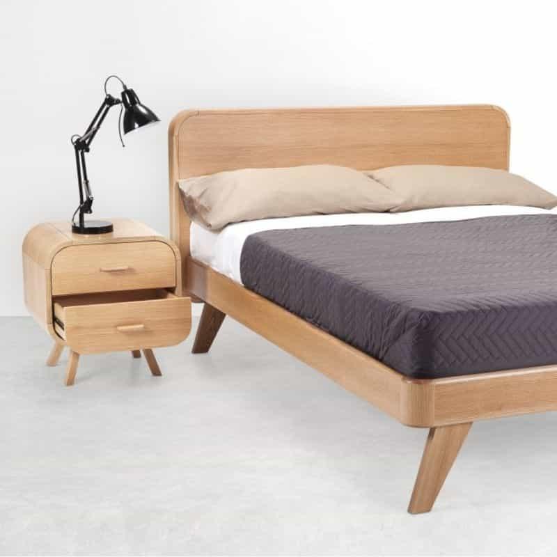 Table de chevet design en bois