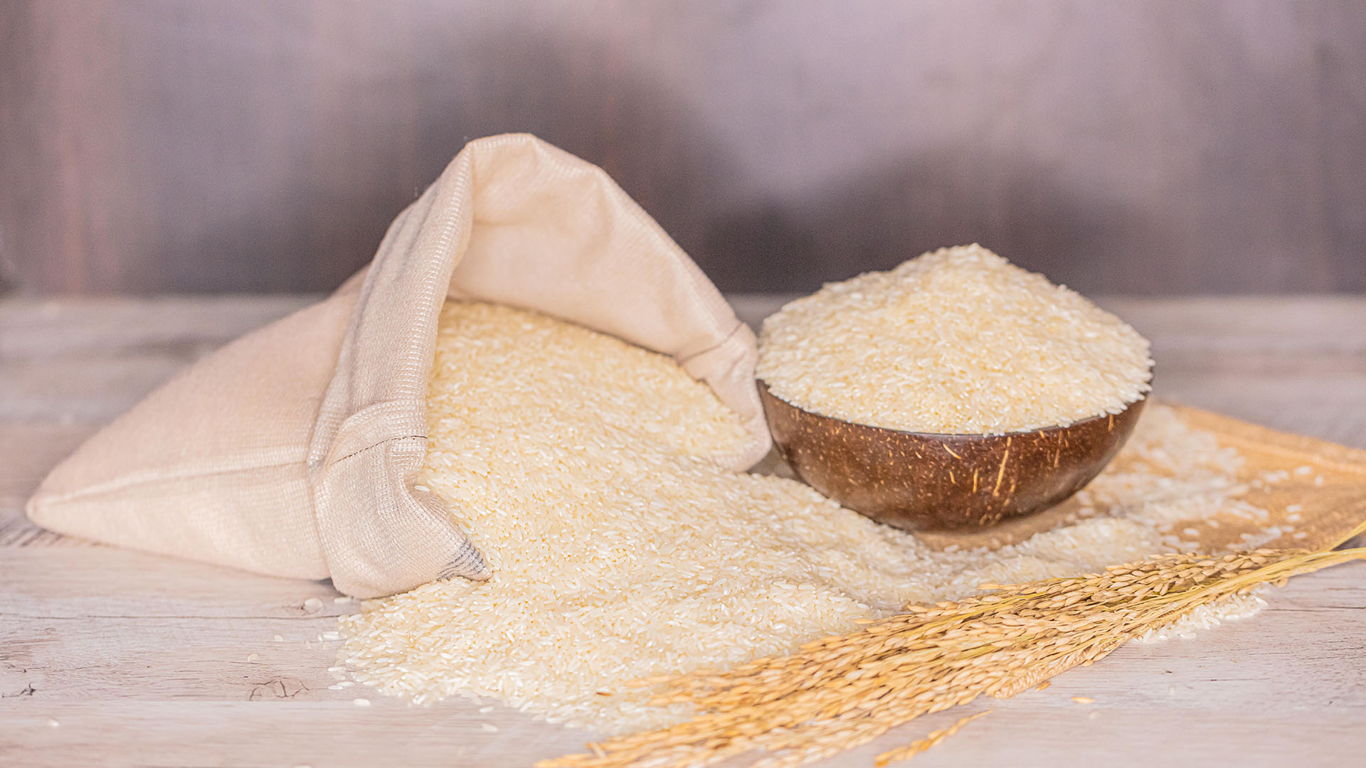Close up of Telangana Sona grains