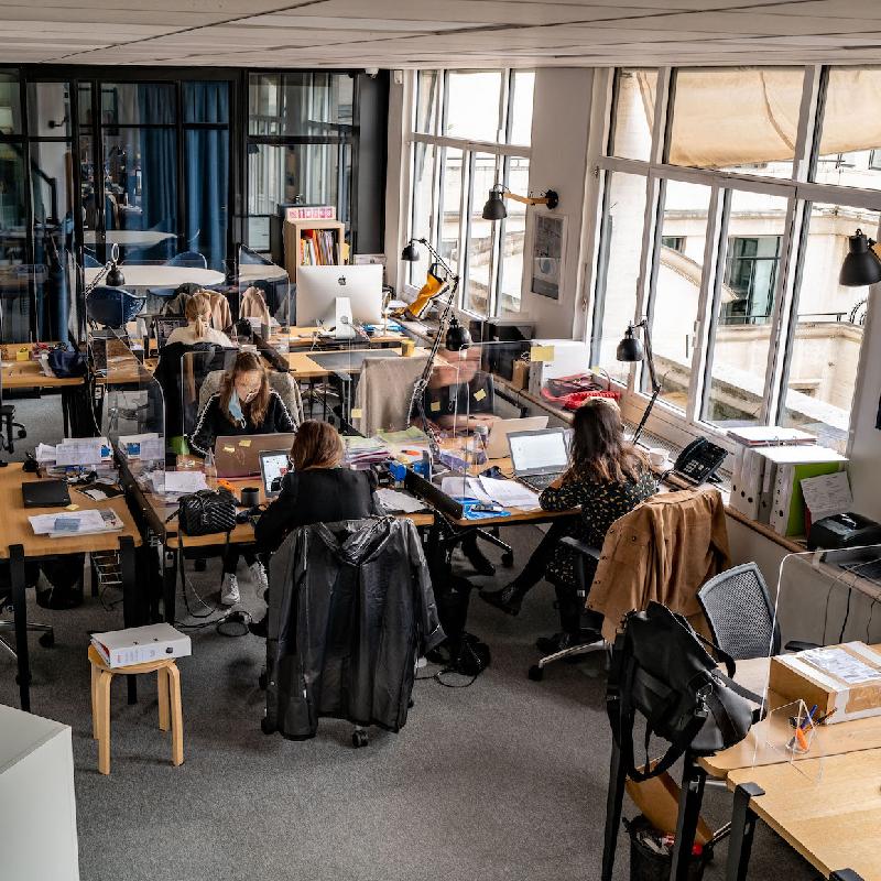 Quels sont les avantages et inconvénients du travail en open-space