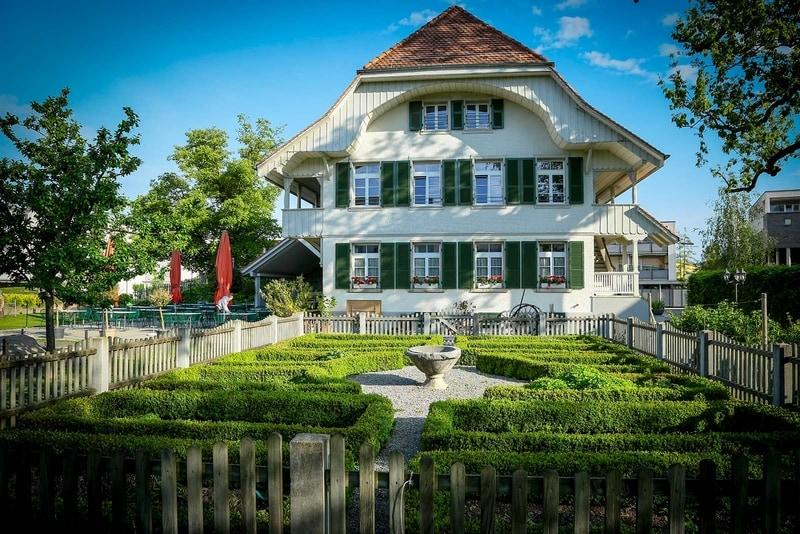 Frontansicht Restaurant Burehuus in Thun