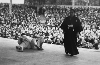 Vintage photo of competition judo contest in Kodokan.