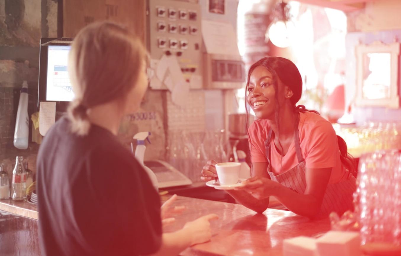 Abrir um MEI, além de regularizar seu negócio, traz diversos benefícios. Entre eles, poder contribuir com o INSS, e então usufruir do que ele tem a oferecer. Vamos explicar como funciona e quais são as suas principais vantagens.
