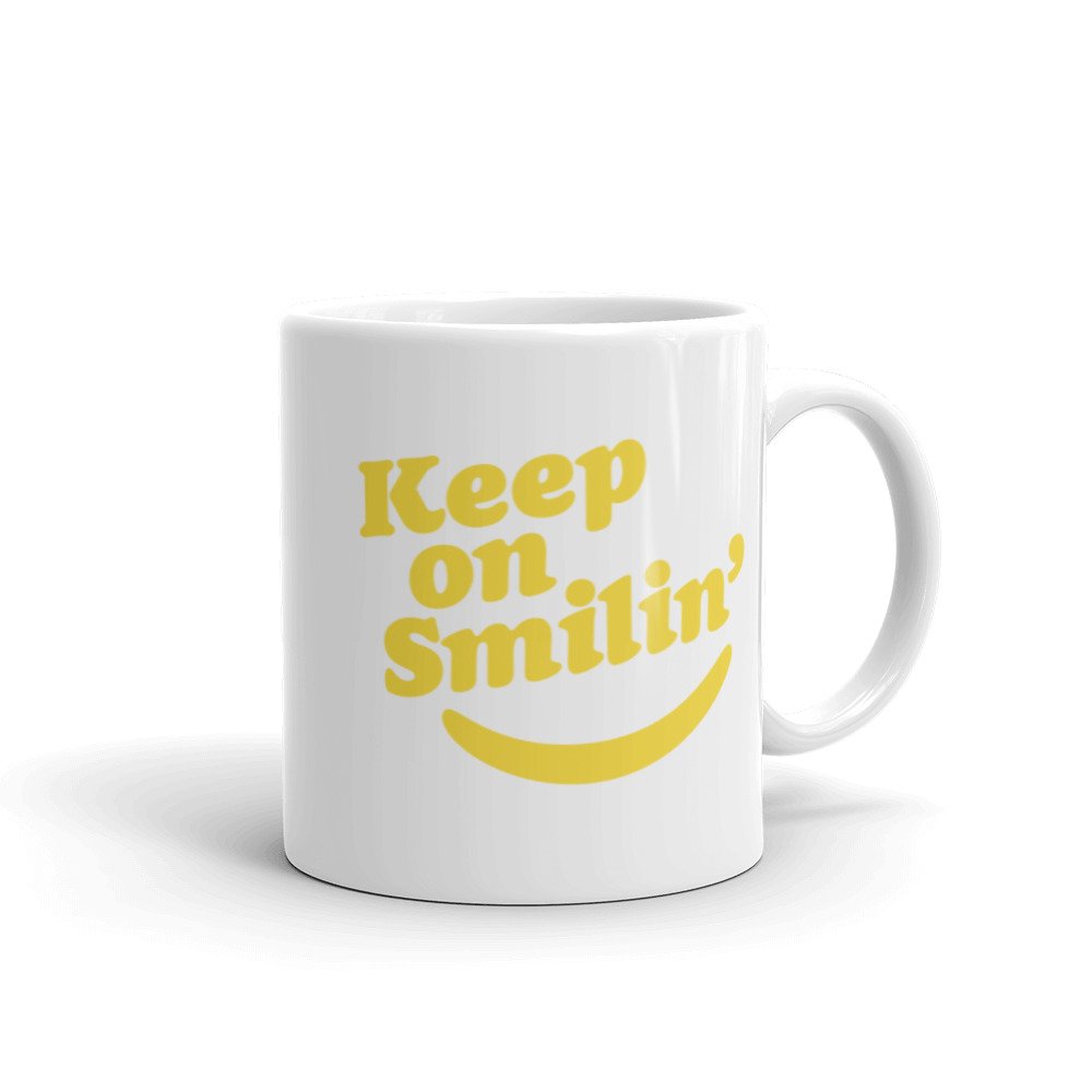 Keep on Smilin' Mug reminding you to Keep on Smilin' even through the rough mornings before coffee or tea.