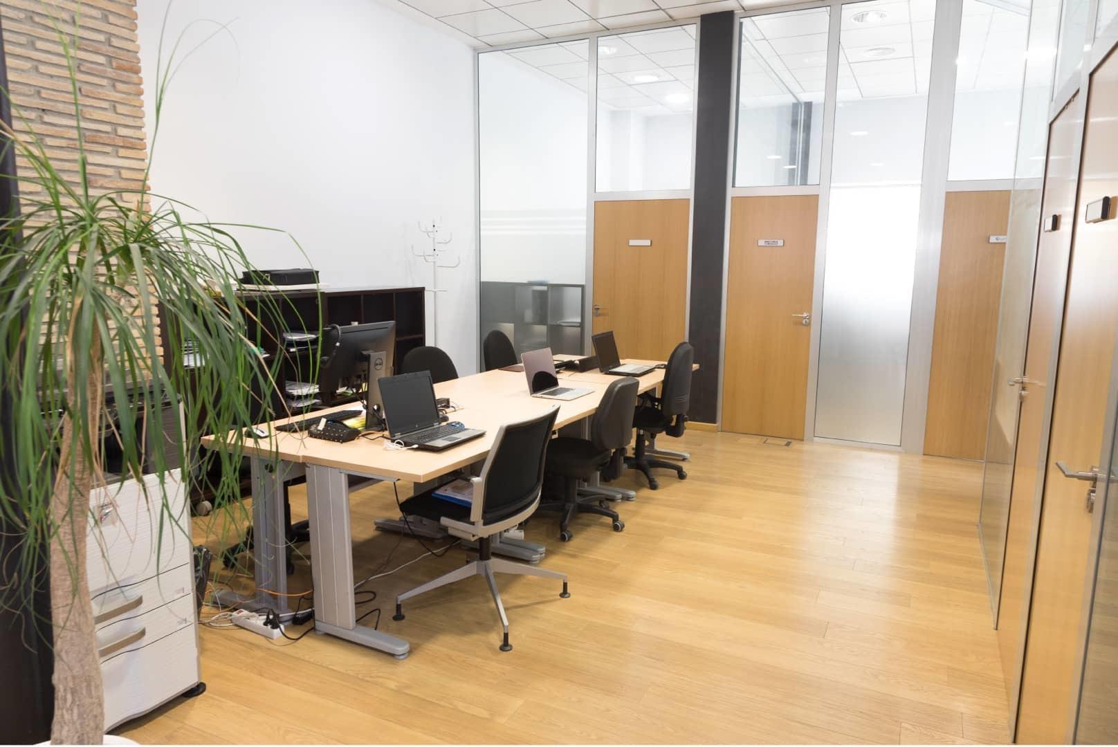 Mesas de coworking en Valencia