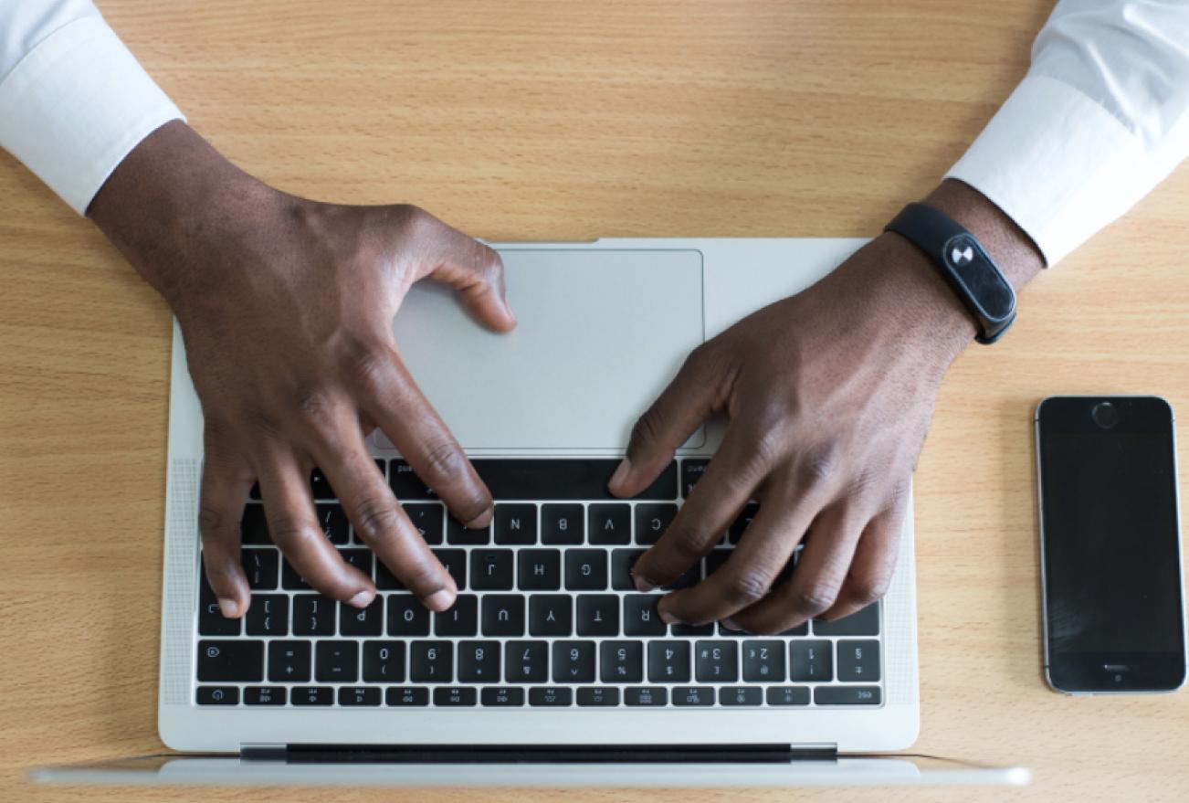Macbook repairing training by gadgetwiz