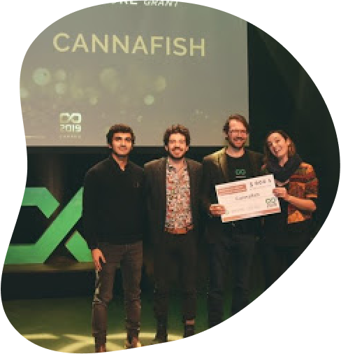 Circulus Agtech team winning the grant from AU/Lab at the Coopérathon 2019