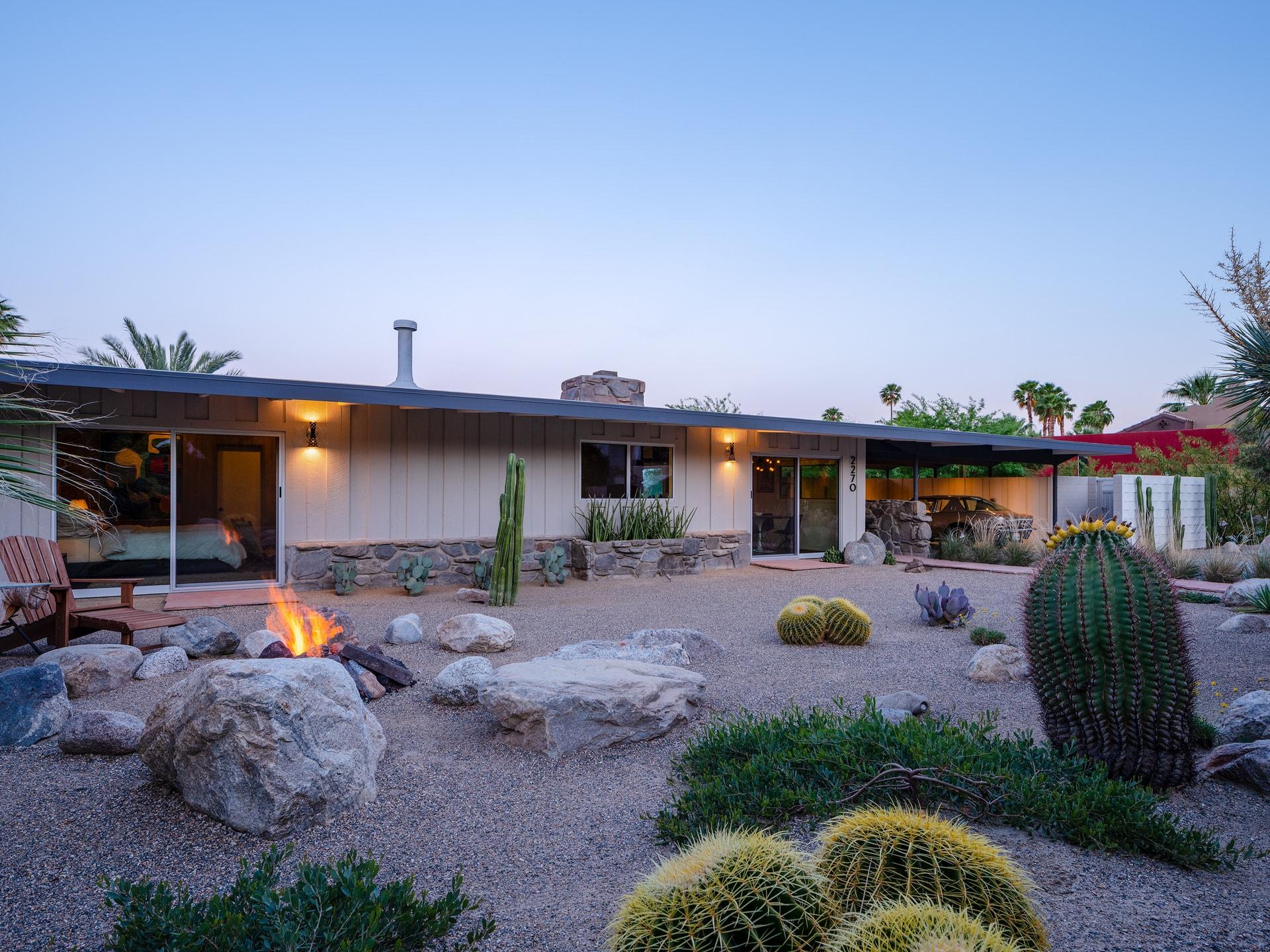 Vista | Palm Springs, CA