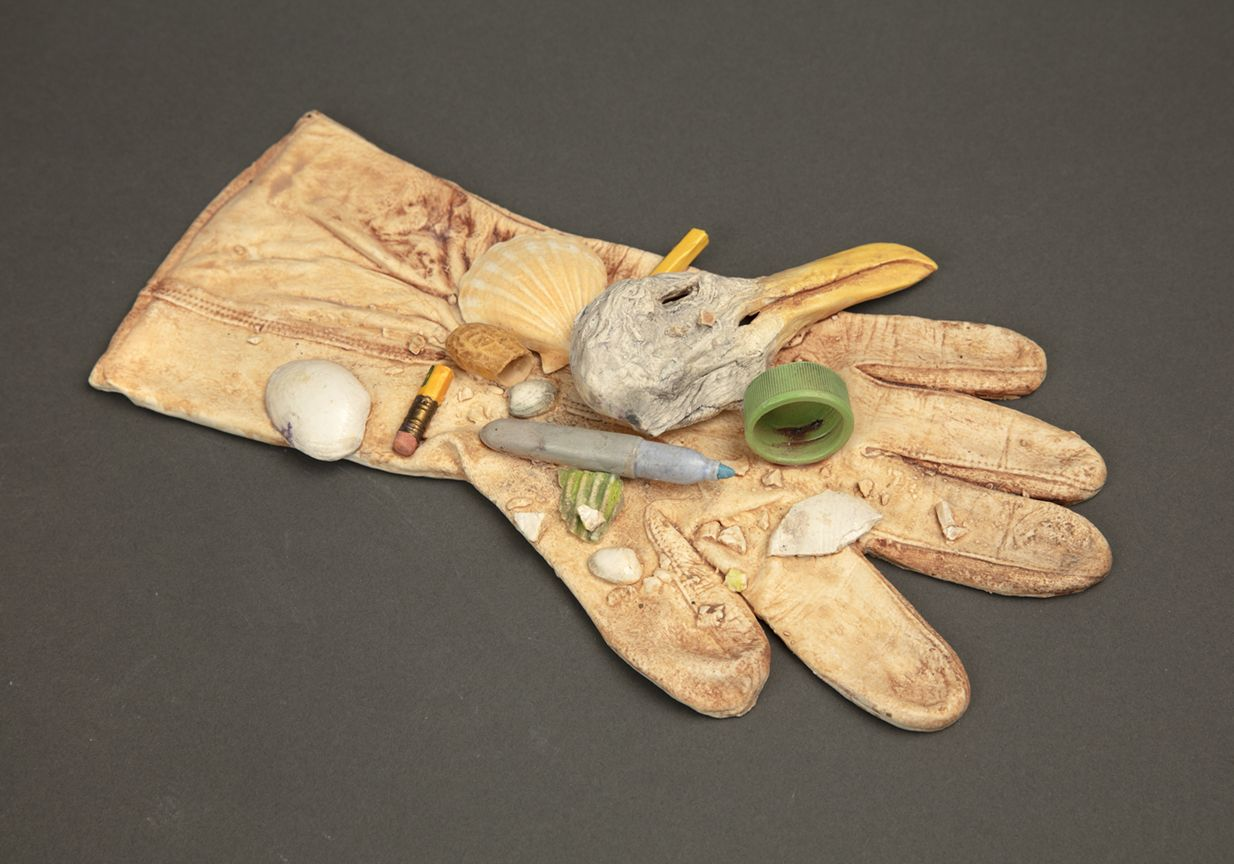 Richard Shaw Low Tide Glove and Seagull