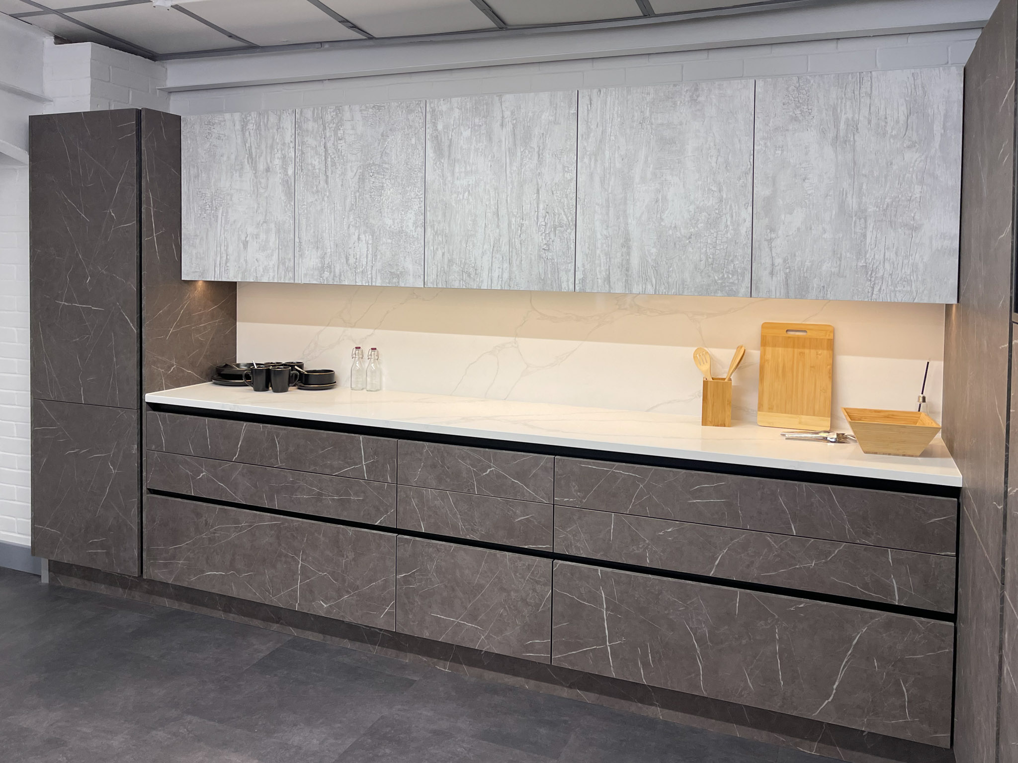 White wood effect and marble kitchen