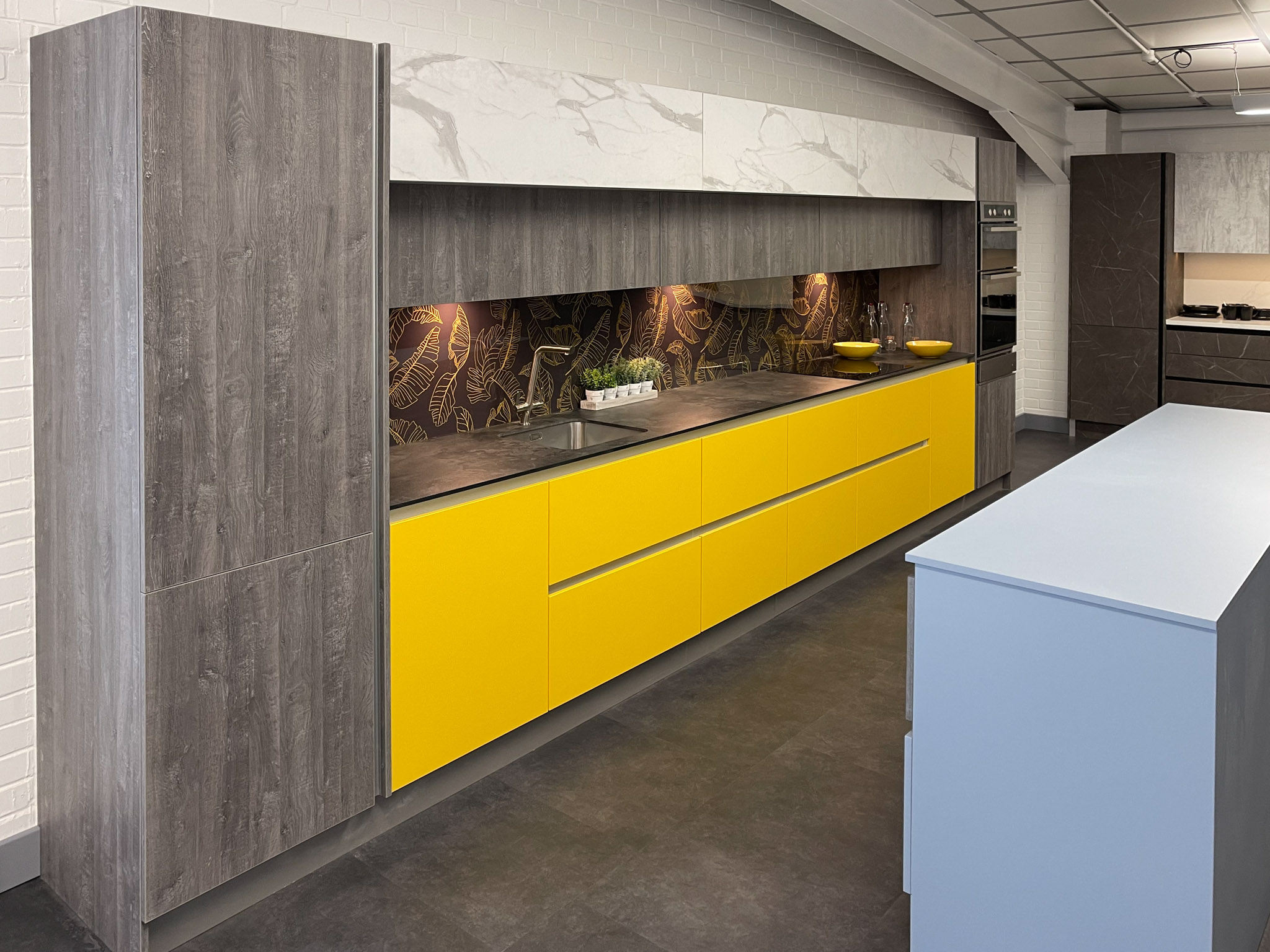 Yellow, white marble and wood effect kitchen 2