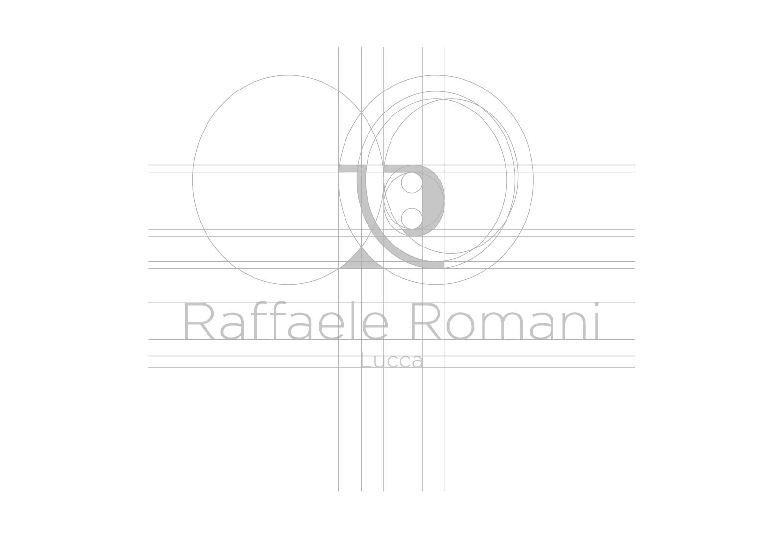Griglia del logo Raffaele Romani di colore grigio chiaro su sfondo bianco