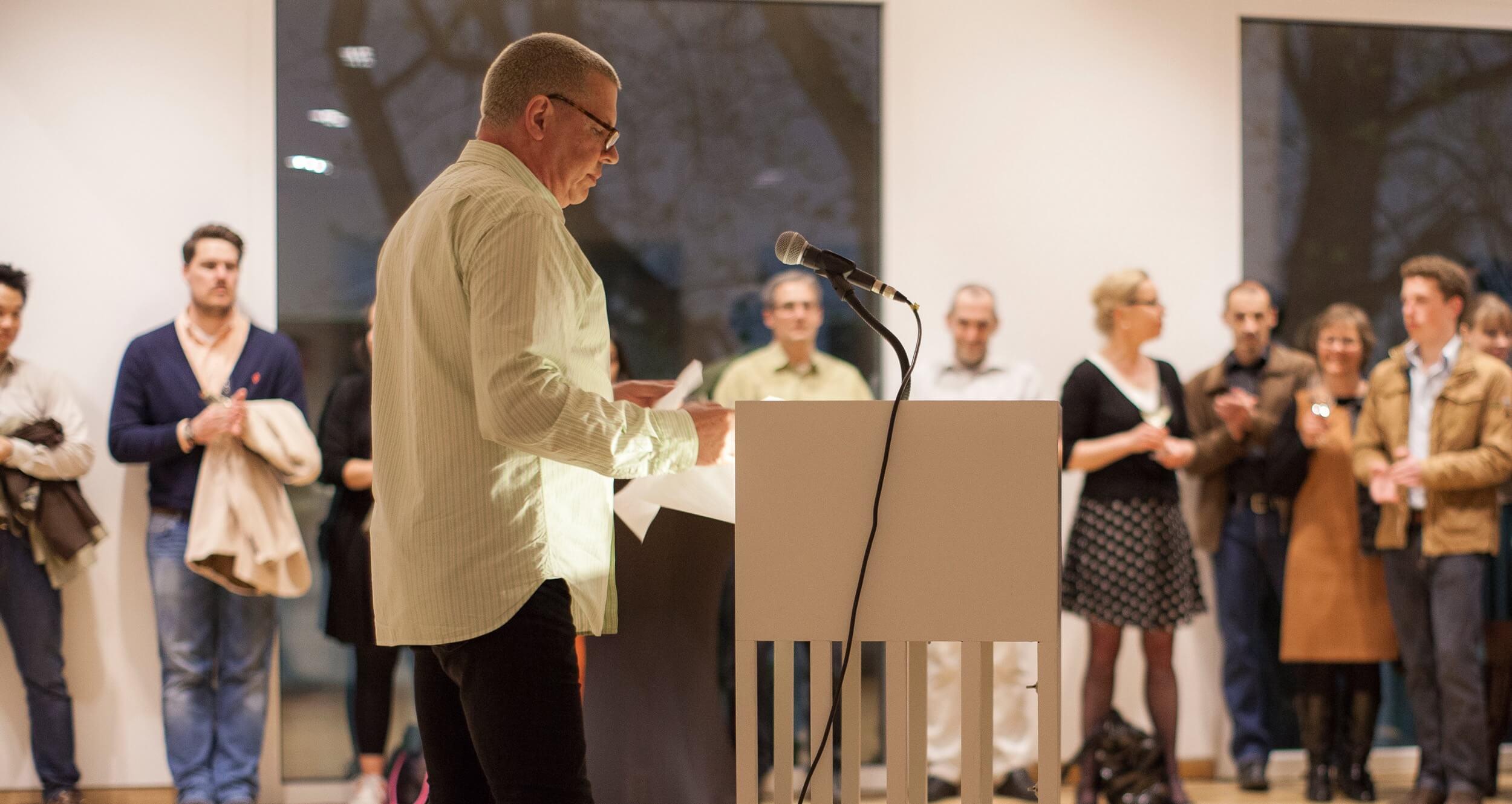 Thomas Emde bei einer Rede. Der Unternehmer Thomas Emde