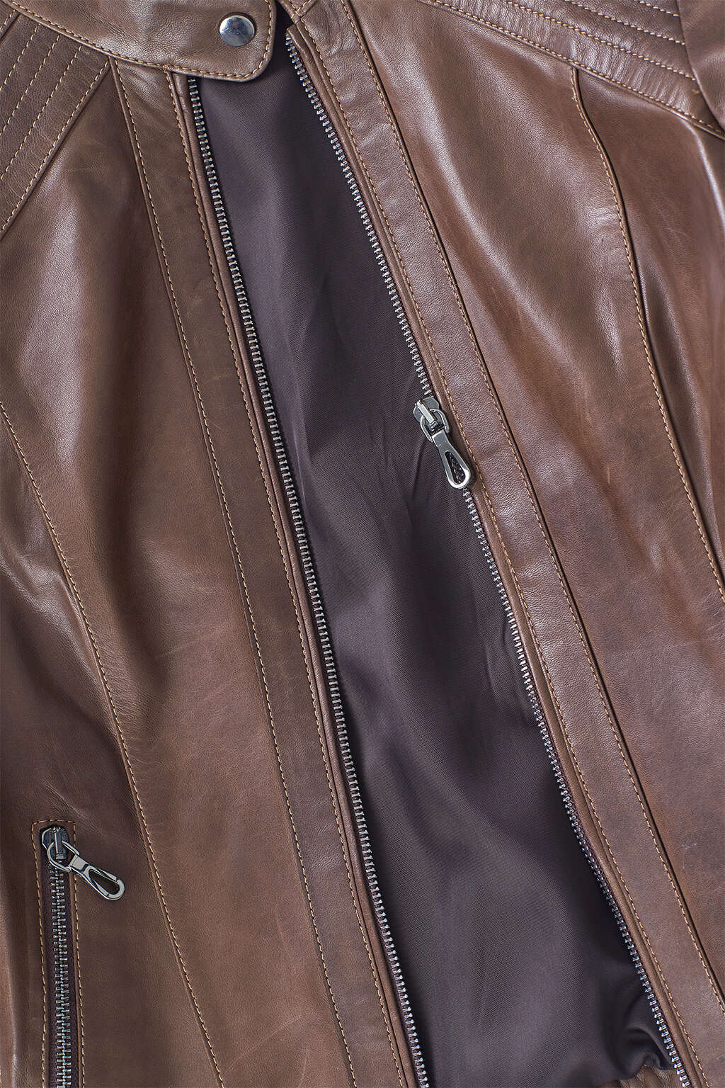 Zipper and Inner Lining Detail of Hickory Brown Ribbed Racer Leather Jacket