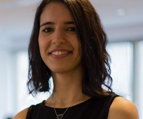 Sara travaille main dans la main avec PickYourSkills pour sa gestion des compétences