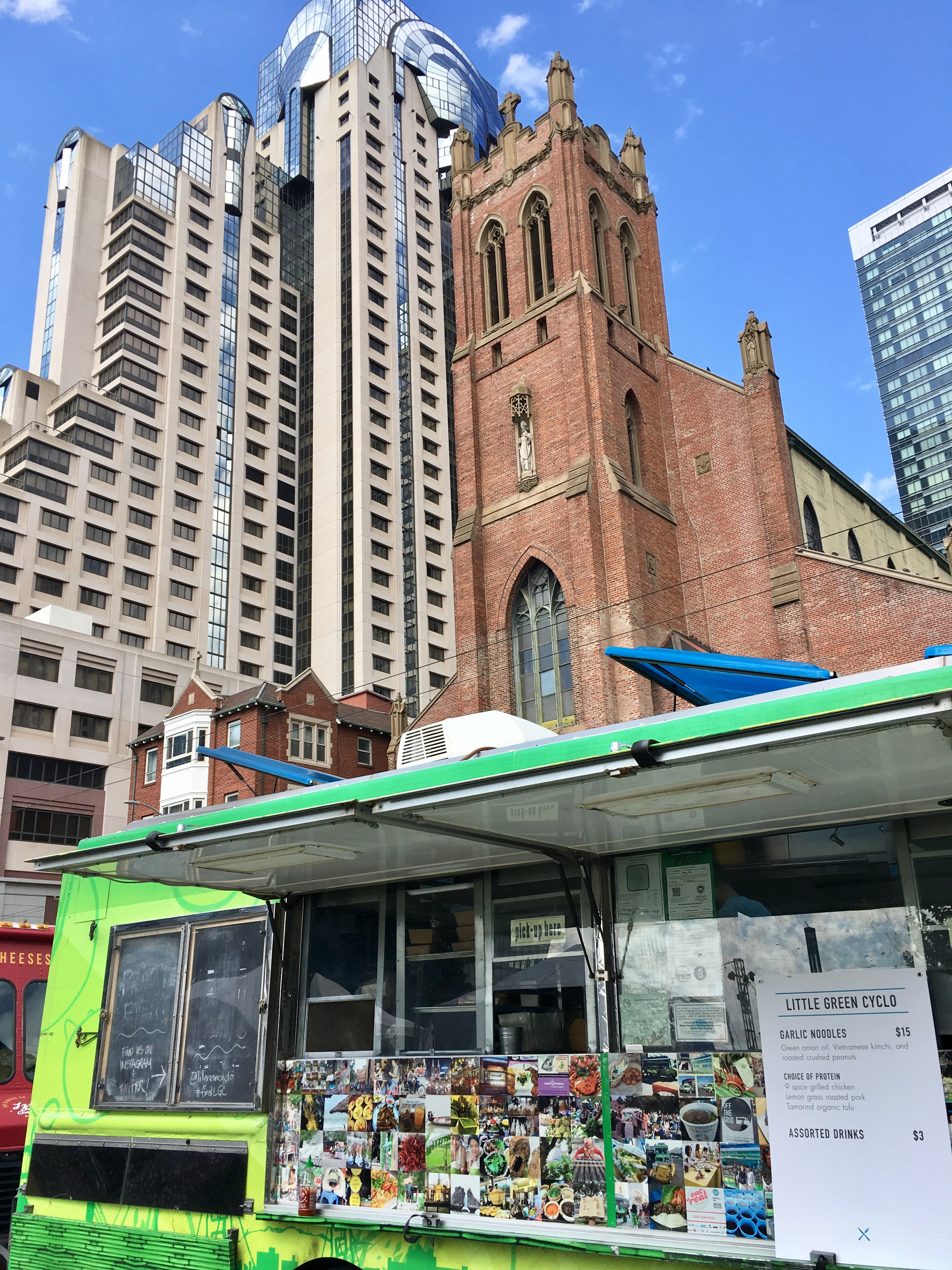 The Little Green Cyclo food truck in downtown San Francisco.
