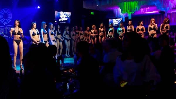 All Bikini Dancing on Stage - Pimp Bangkok