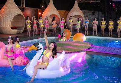 Thai bikini models having a wild pool party at The PIMP Bangkok