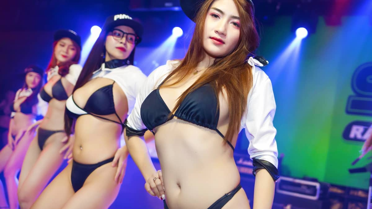 Sexy Show on Stage at the Pimp Bangkok