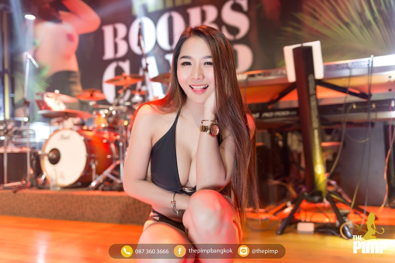 Thai girl sexy look at gentlemen club in Bangkok