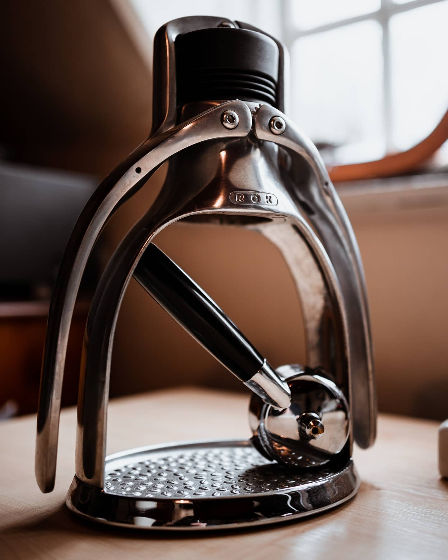 The EspressoGC, perfectly at home whereever you keep it!   #rokcoffee #coffeemachine #coffee_machine  #machinecoffee #coffeemaker #coffeeprocess #coffeeheaven #coffeedesign #espressomachine #coffeeathome #homebrew #makecoffeebetter #slayerespresso  #specialtycoffee #artisancoffee #coffeebrewing #brewathomecoffee #manualbrewonly #slowbrewing #dripcoffee