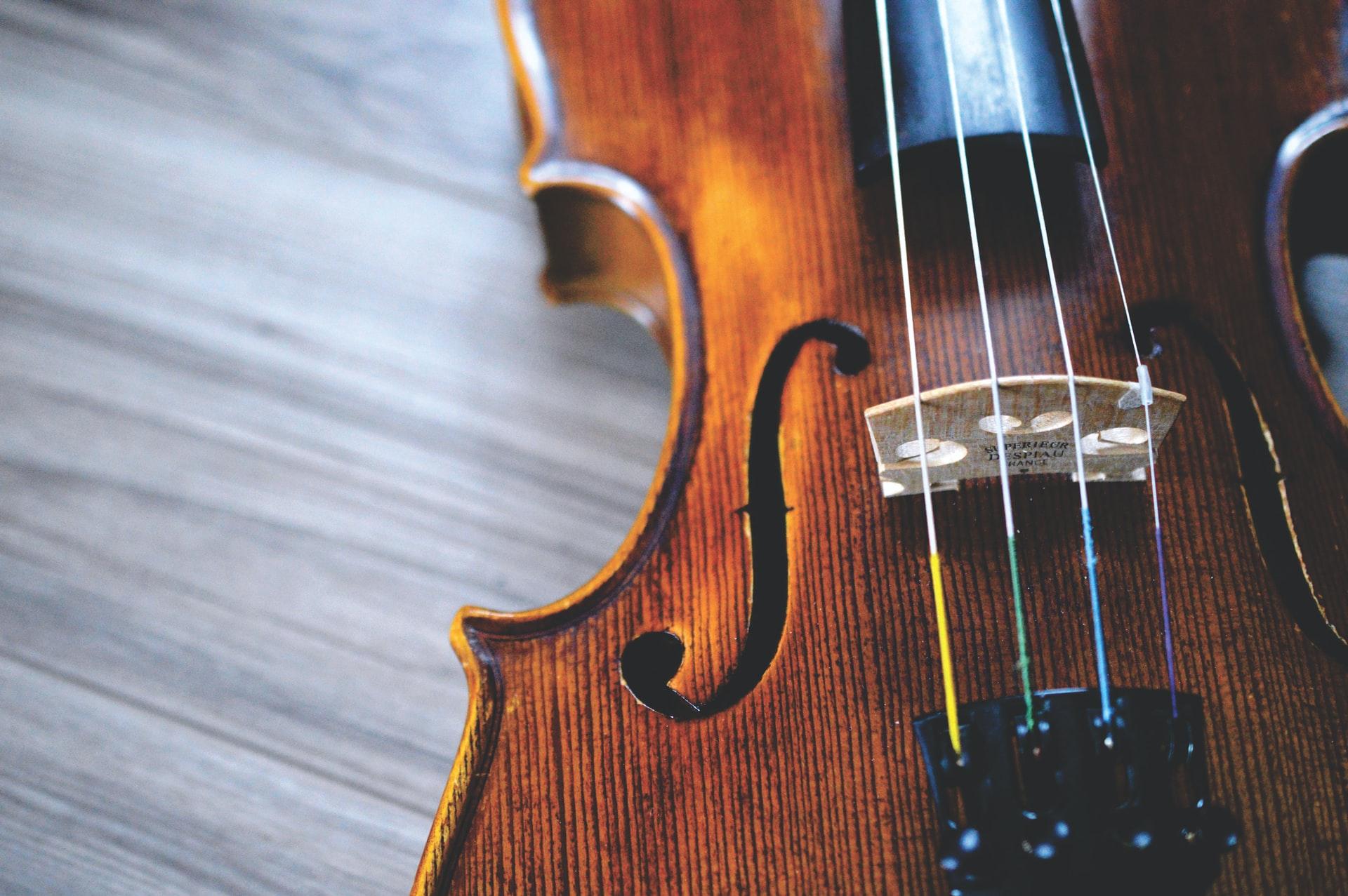 violin lessons near me in Memphis TN
